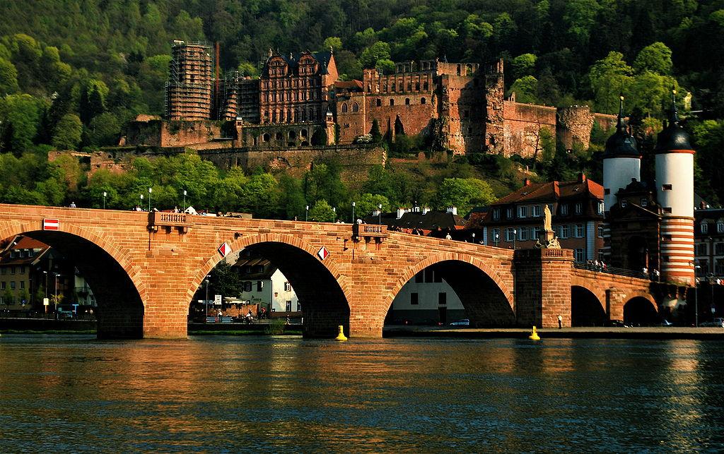 Heidelberger Schloss und Neckar-Brücke